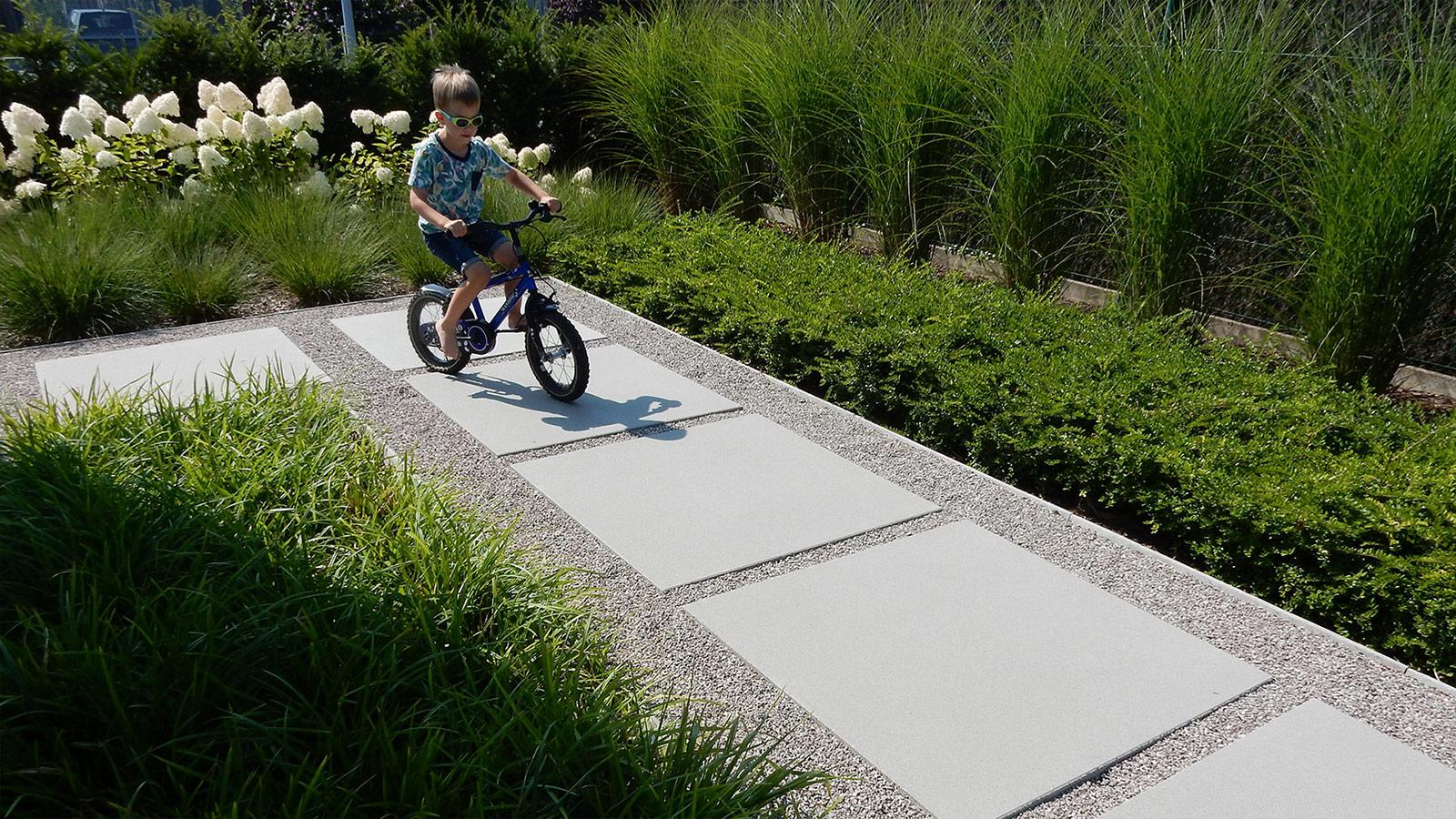 Tuin Met Grind : Moderne tuinen met grind. good voortuin ontwerpen met grind with