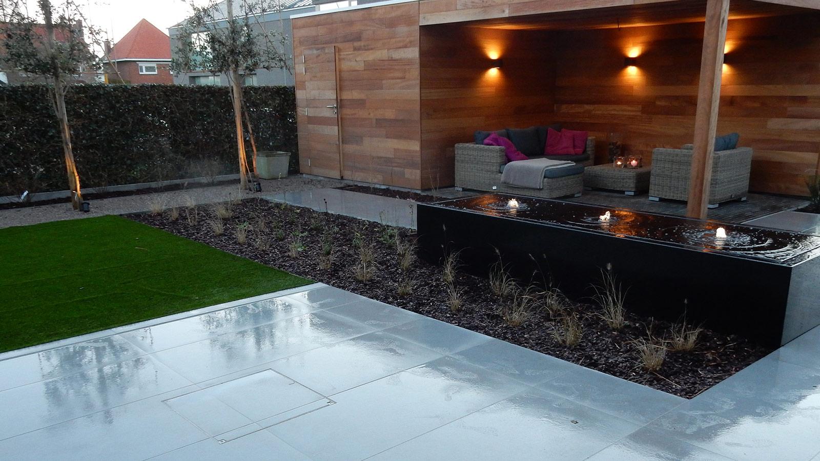 Strakke tuin met weinig onderhoud door het kunstgazon tuinaanleg hoornaert uw aannemer - Overdekt terras tegel ...