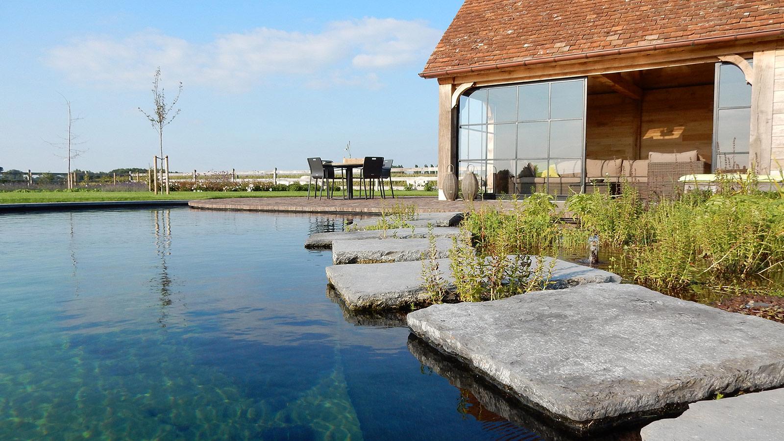 Totaalontwerp en aanleg van een landelijke tuin for Landelijke tuin aanleggen